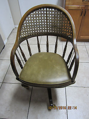 vintage Drexel Heritage desk chair with wheels