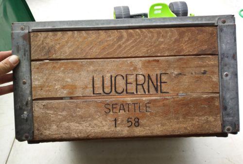 RARE 1958 Vintage LUCERNE DAIRY Wooden CRATE & Metal Milk SEATTLE,WA *VERY NICE!