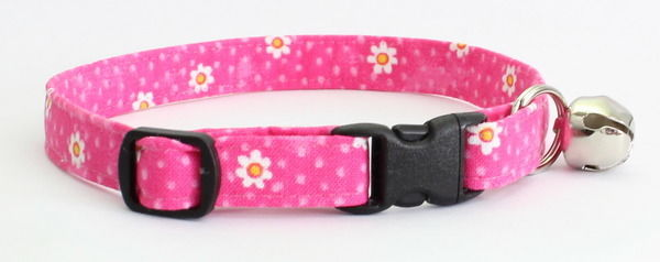 HOT PINK WITH DAISIES ~ Handmade Breakaway SAFETY CAT Collar