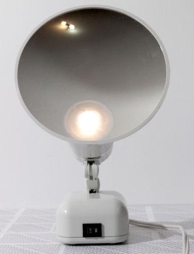 Floxite Magnifying Mirror Light