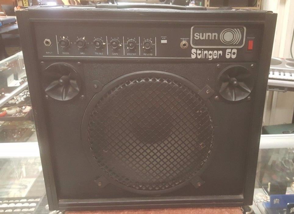 Sunn Stinger 60 Guitar Amplifier **VINTAGE**