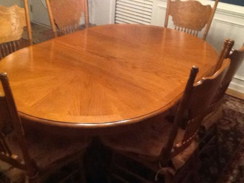 Dinning table set *7 pieces* wooden
