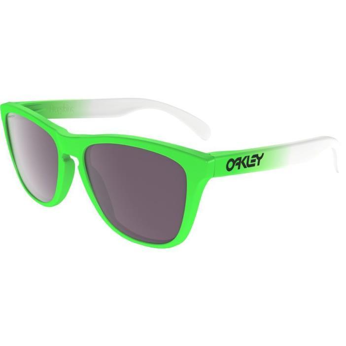 New Oakley Frogskins Prizm New in box 100% Authentic w/ warranty paperwork RARE