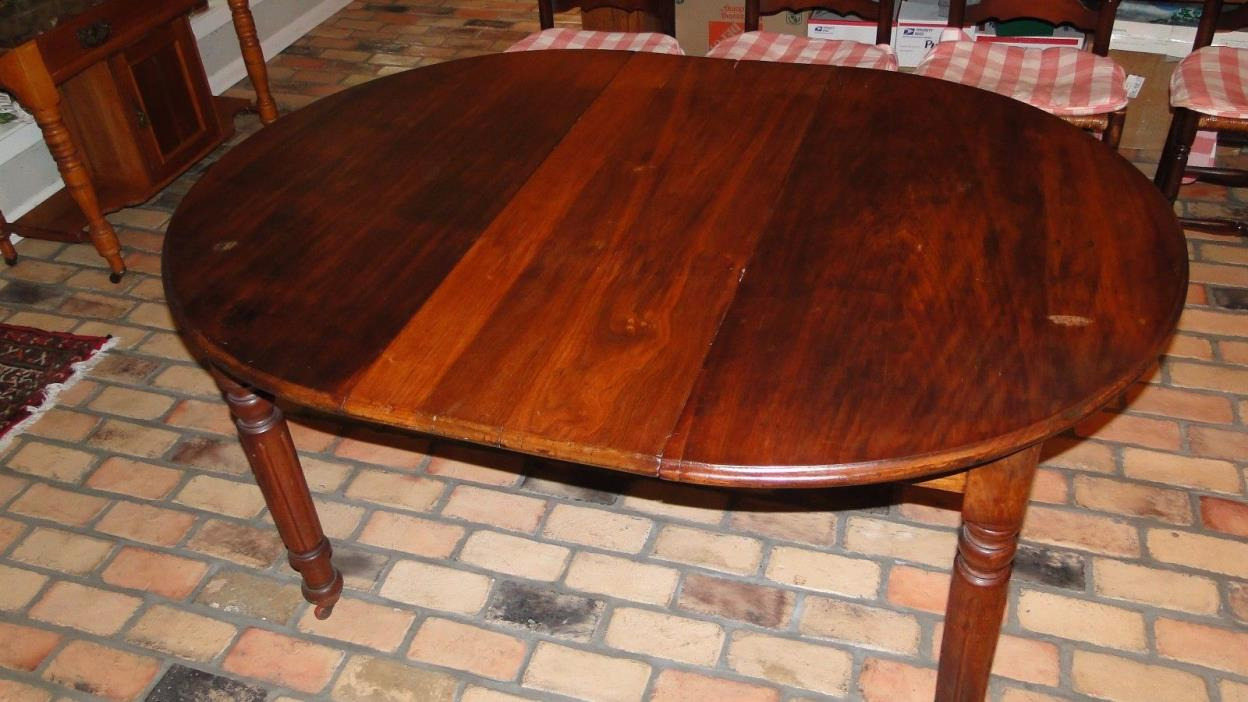 Dining Room Table - Walnut - w/ 4 Chairs - Wicker Seats