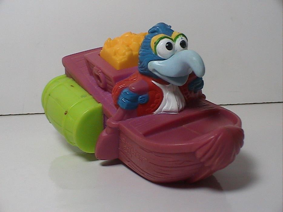 1995 Gonzo Paddle Boat Figure Muppet Treasure Island Toy Henson Sesame Street