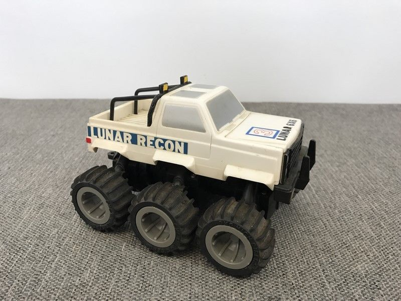 Vintage High Risers 6x6 Toy Lunar Recon Chevy Truck CBS Toys 1985