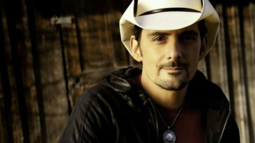 BRAD PAISLEY W/DUSTIN LYNCH IN SARATOGA NY - 05/18/17 (2 PIT TICKETS!)