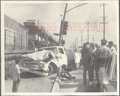 Vintage Photo 1962 Chevrolet Pickup Truck Wreck Huntington Park Police 273028