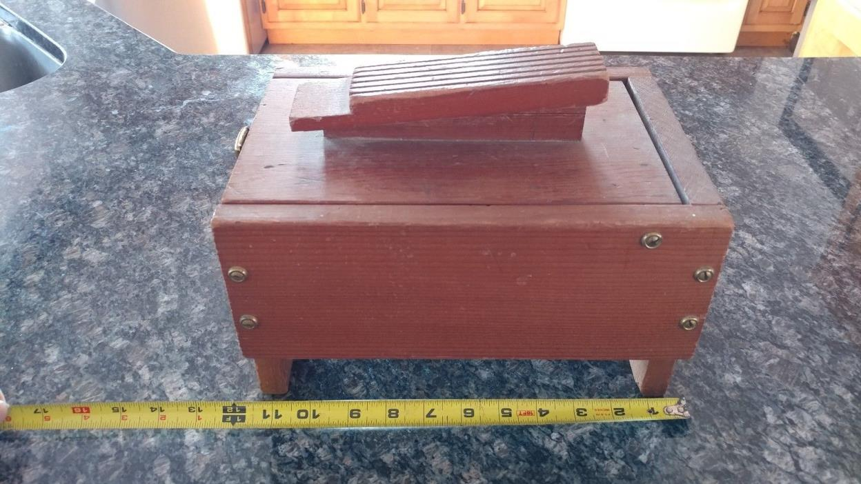 Vintage shoe shine box