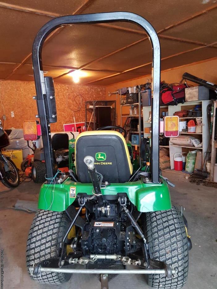 2008 John Deere 2305 Compact Utility tractor