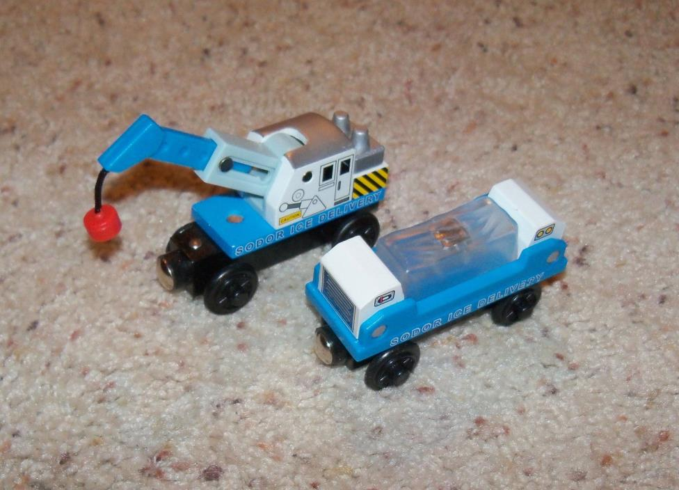 Thomas Train Wooden Ice Delivery Crane Fish Cargo Car Wood Set