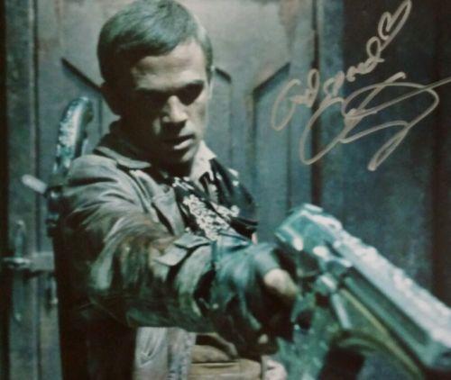 Cam Giganet autograph