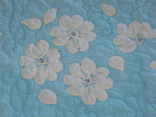 Charming Antique VTG Hand Quilted & Appliqued Embroidered Quilt~Pansies