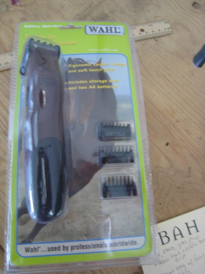 WAHL Touch Up  Battery Operated Trimmer Clippers: New