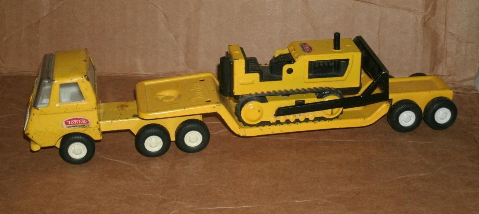 1/34 Tiny Tonka Truck Lowboy Trailer and Bulldozer - Vintage 1960's Toy Dozer
