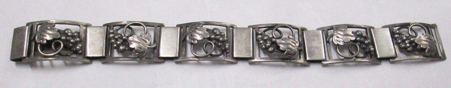 Vintage Denmark Fir Munksgaard Faborg Sterling Silver Grape Leaves Bracelet 7