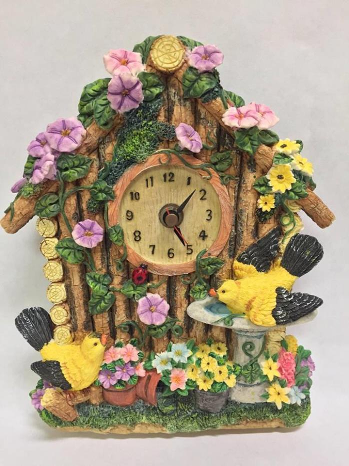 Vintage RARE Birdhouse Hanging Wall Clock Chimes Bird Noises