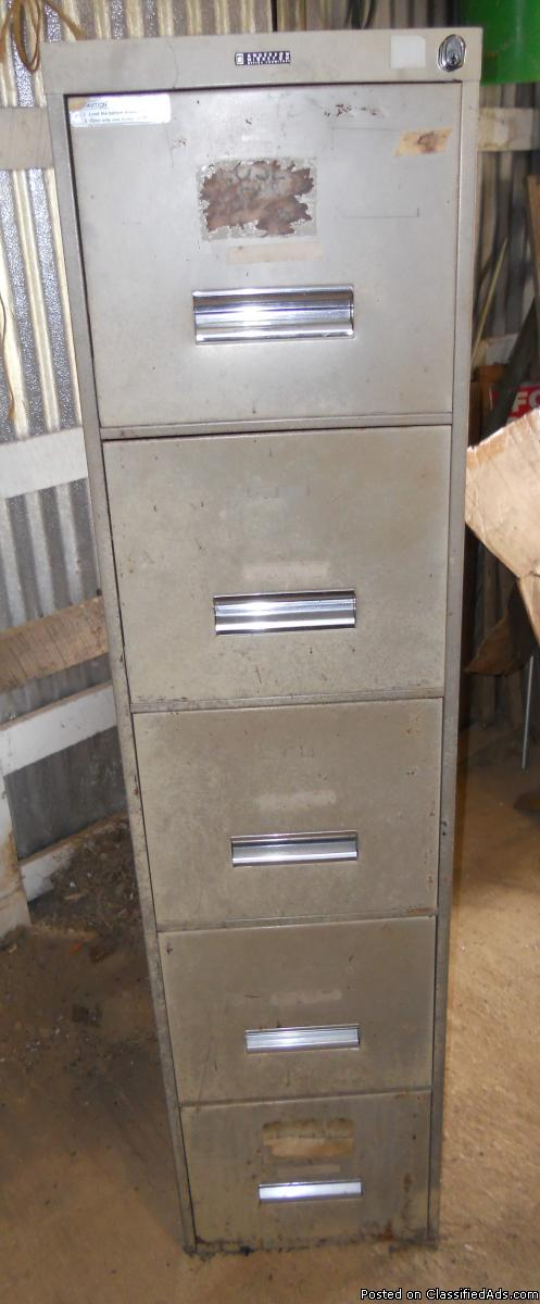 File cabinet, 5 drawer