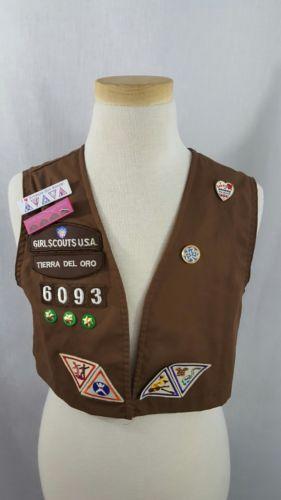 Vintage Girl Scouts USA Brownies Vest, Badges, Pins Lot 1997