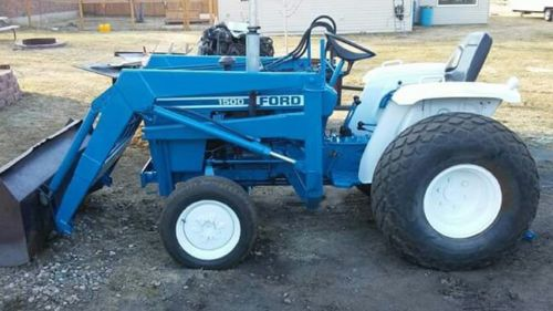 1982 Ford 1500 4x4 tractor