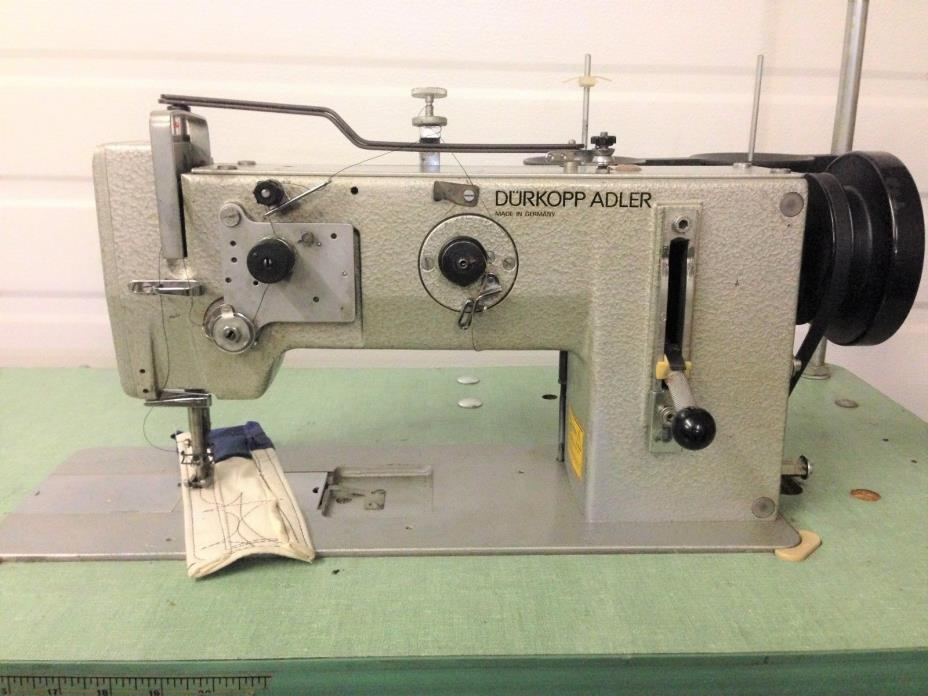 ADLER 267G373 GERMAN MADE  WALKING FOOT  REVERSE 110 V INDUSTRIAL SEWING MACHINE