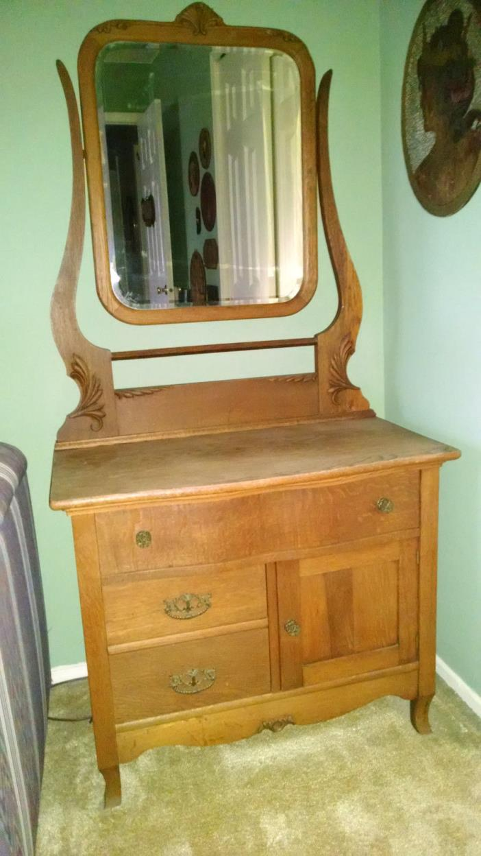 Lighted Wash Stand With Mirror For Sale Classifieds
