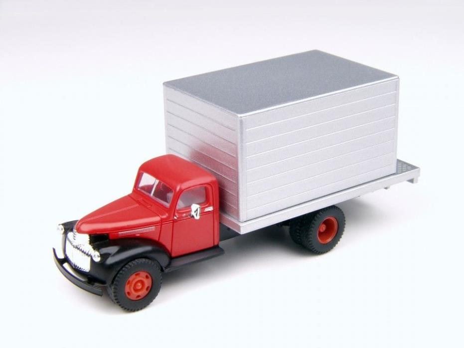 CMW 30319 HO '41/46 Chevy Delivery Red Cab New Free Shipping