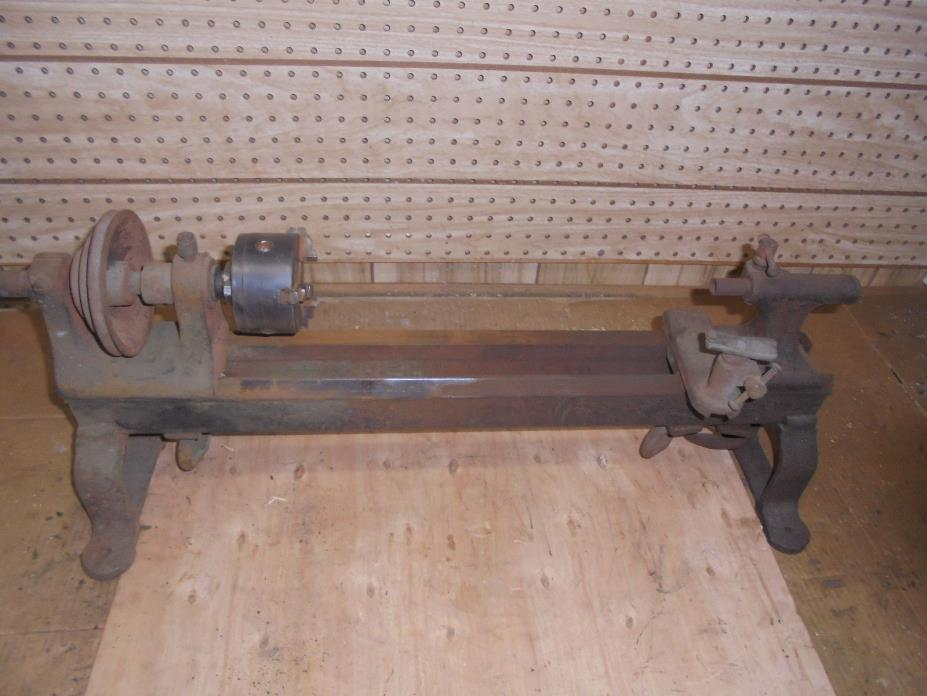 ANTIQUE LATHE WITH SKINNER CHUCK