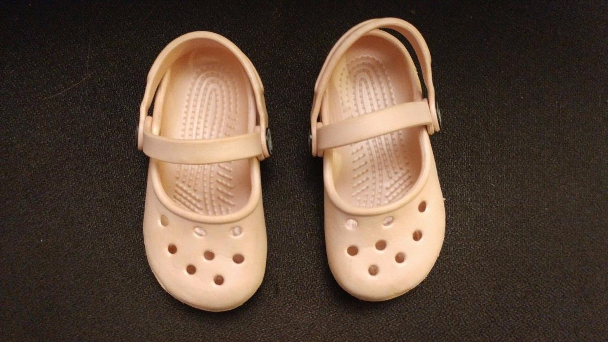 KIDS TODDLERS CROCS GIRLS SIZE 6 / 7  PINK GREAT CONDITION