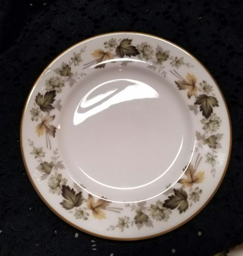ROYAL DOULTON LARCHMONT TRANSLUCENT CHINA 6.5