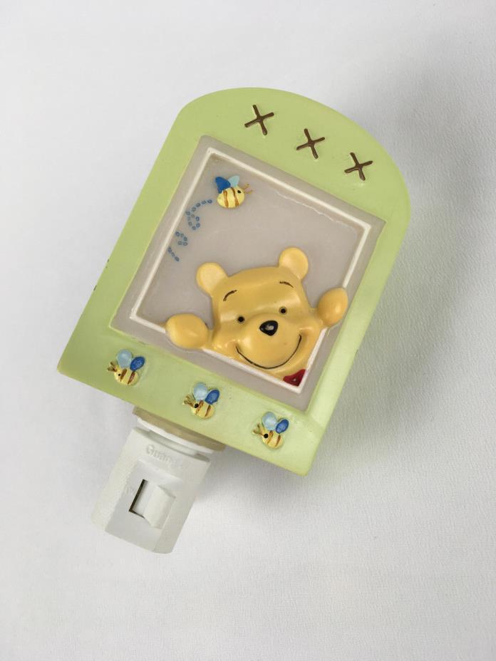 Disney's Winnie the Pooh Vintage Style Night Light - Very cute!