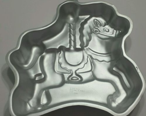 VINTAGE WILTON 1990 CAROUSEL HORSE CAKE PAN 2105-6507