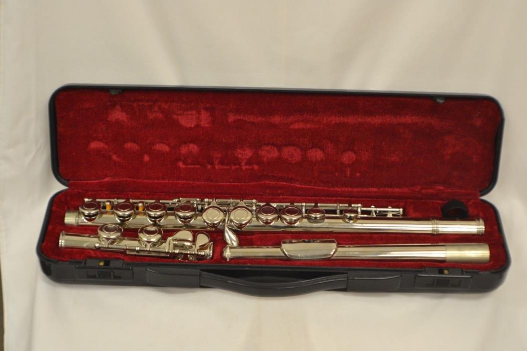Flute with  Hard Case good shape