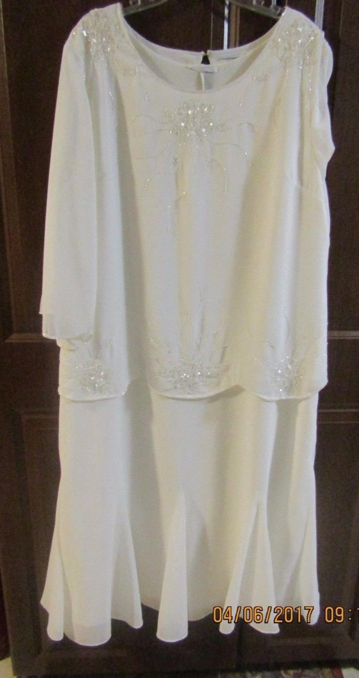 Womens 24-26 Plus, Ivory Wedding, Mother-of-the-Bride, Special Ocassion Dress