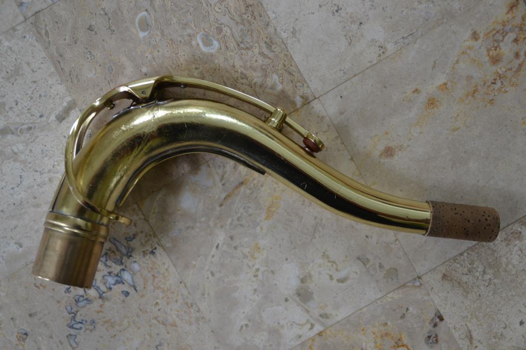 Vintage 1970s Selmer Bundy II Alto Saxophone w/ Hard Shell Case