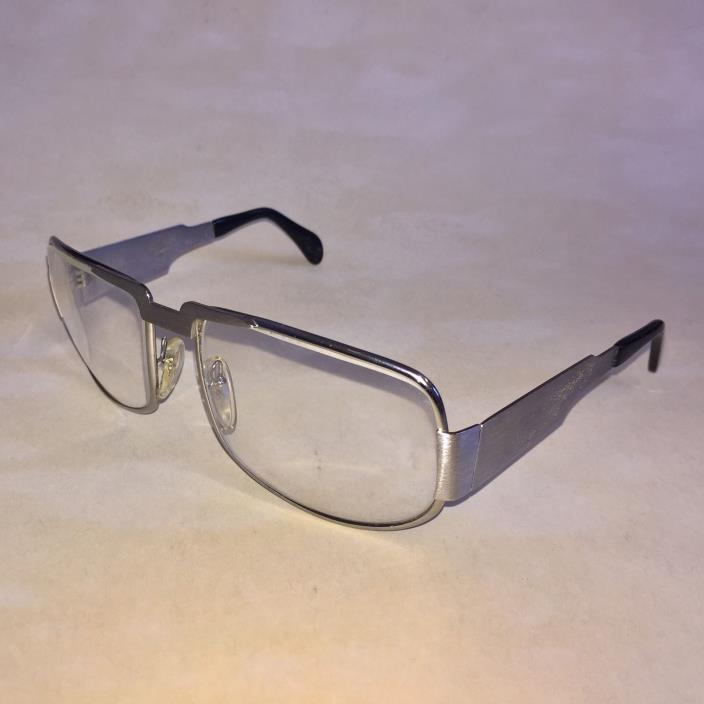 ELVIS OWNED NAUTIC NEOSTYLE GLASSES WORN BY ELVIS PRESLEY ULTRA RARE Engraved EP