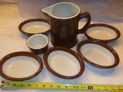 HALL BROWN SET: PITCHER, 5 GRATIN DISHES 1051, 1 - 3.5