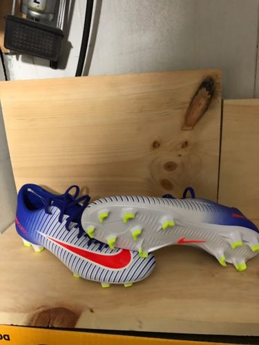Nike Mercurial Victory VI FG Women's Soccer Cleats Size 7.5 White /blue