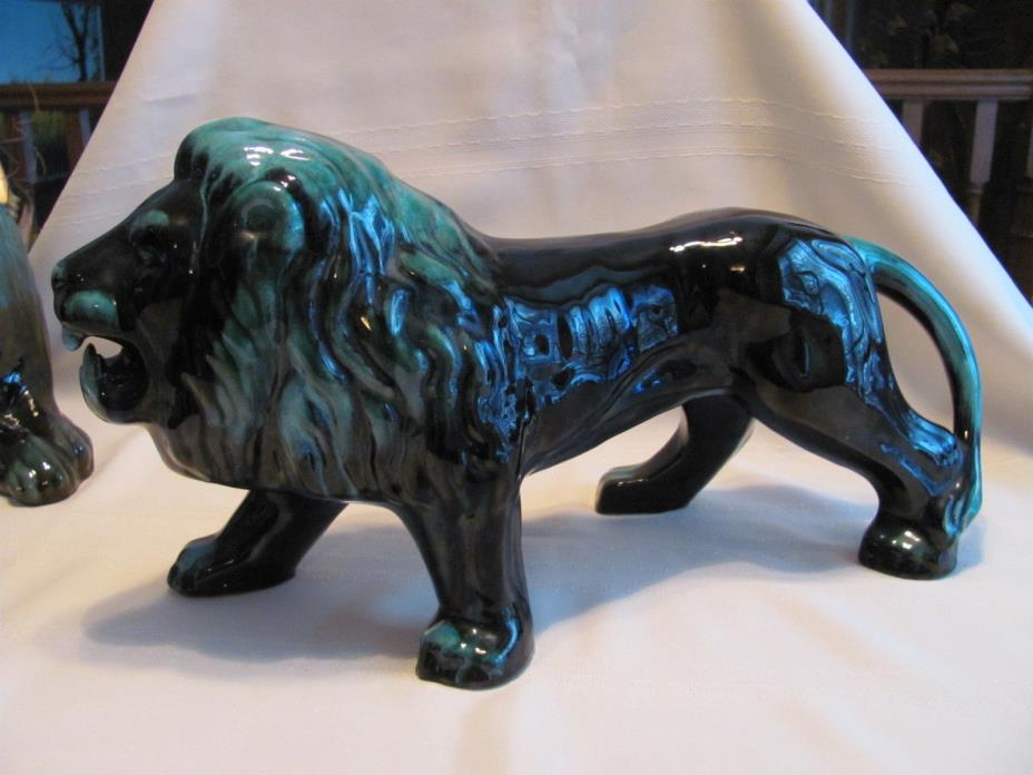 Blue Mountain Pottery Large Standing Lion NICE !!