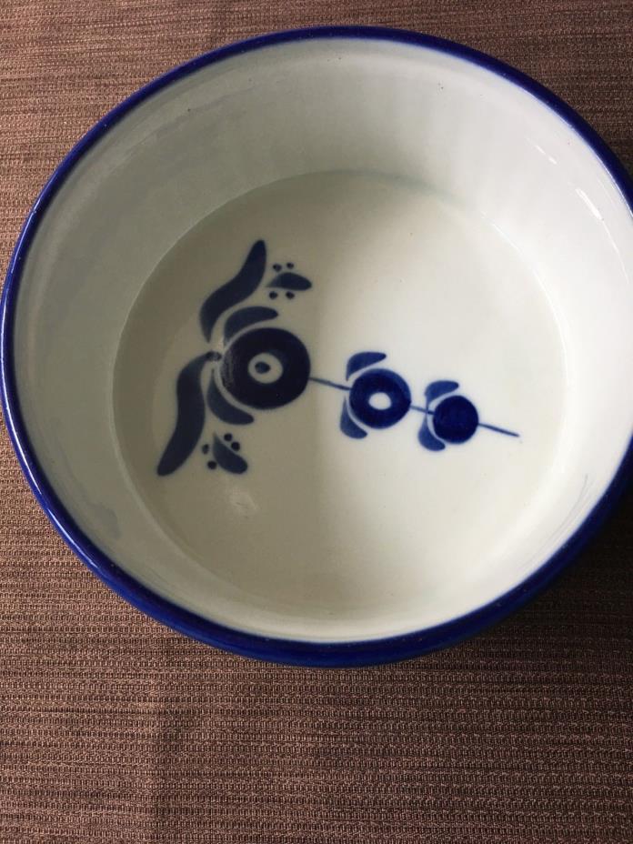 BLUE WHITE Round Dish Handmade in Poland Casserole 8