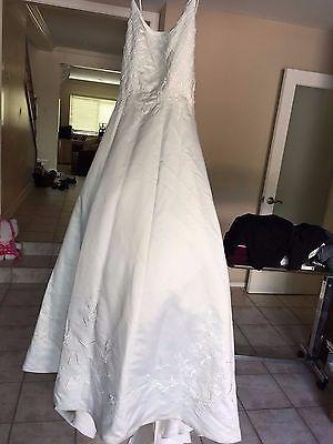 David's Bridal Michaelangelo WEDDING DRESS Straps size 8 Ivory Style 5341
