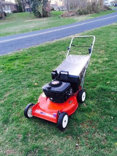 Toro Recycler Lawn Mower Push Walk behind Mower