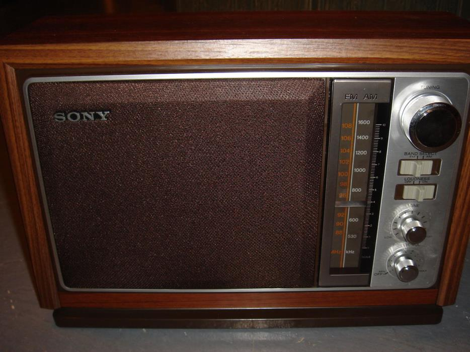 sony transistor radios for sale classifieds. Black Bedroom Furniture Sets. Home Design Ideas