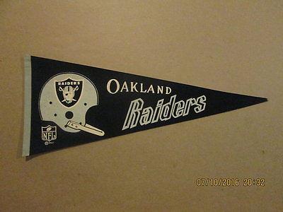 NFL Oakland Raiders Vintage 1967 1 Bar Helmet Pennant