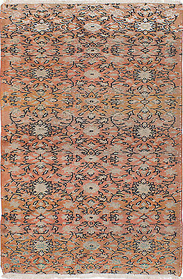 Hand-knotted Turkish Carpet 4'1