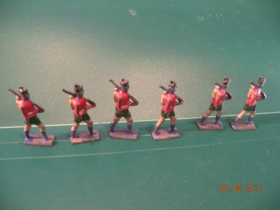 Scottish Soldier 6 marching flat Vintage Soldiers Miniature Lead figures Toy P71