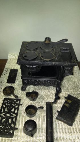 Old Mountain Cast Iron Cooking Oven Set Miniature Wood Burning Stove Pots Pans
