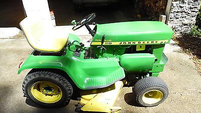 vintag lawn tractor 1968 John Deere 110