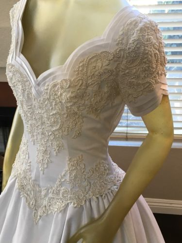 Vintage Style Duchess Ballgown Wedding Dress By Sweetheart Gowns