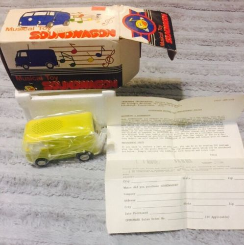 Vintage SOUNDWAGON Toy VW Bus Record Player TAMCO VOLKSWAGEN  Sealed